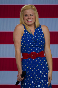 "Megan Hilty stars in NBC's musical drama ""Smash"" sings ""You're a Grand Old Flag"""