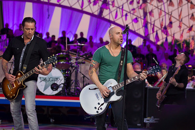 Daughtry 'Home'