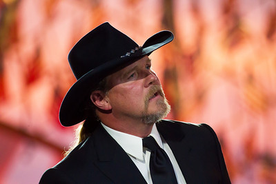 Trace Adkins 'Til the Last Shot's Fired'