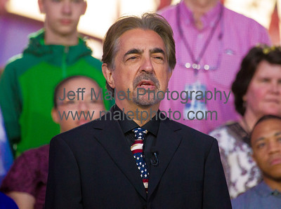 Tony Award winner Joe Mantegna