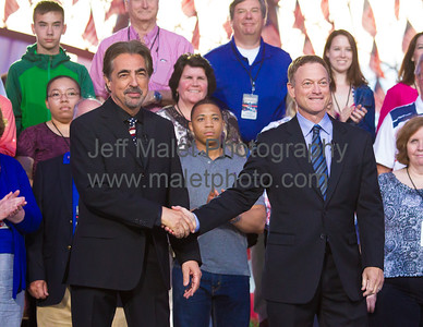 Tony Award winner Joe Mantegna and Emmy Award winner Gary Sinise