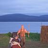 """""""PEER GYNT"""" ved Gålåvatnet 05/08/2011<br />    Peer Gynt: Dennis Storhøi <br />    Mor Åse: Ellen Horn<br /> <br />  <a href=""""http://www.peergynt.no"""">http://www.peergynt.no</a><br />  <a href=""""http://www.peergynt.no/english"""">http://www.peergynt.no/english</a><br /> --- <br /> Foto: Jonny Isaksen"""