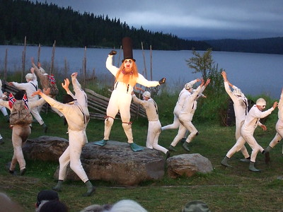 """""""PEER GYNT"""" ved Gålåvatnet 05/08/2011    Dovregubben: Rune Reksten    Den Grønnkledde: Charlotte Frogner  www.peergynt.no www.peergynt.no/english ---  Foto: Jonny Isaksen"""