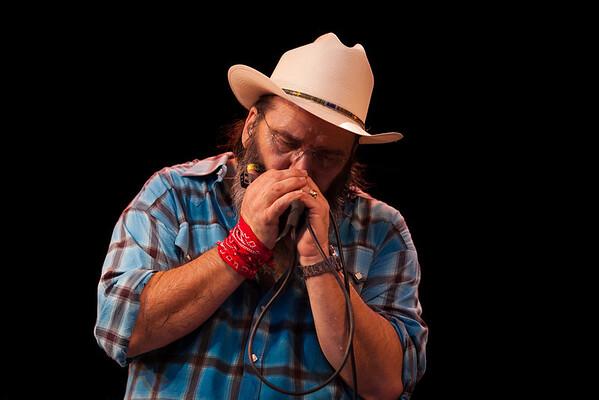 Steve Earle at the 2012 Philadephia Folk Festival. (Howard Pitkow/for Newsworks)