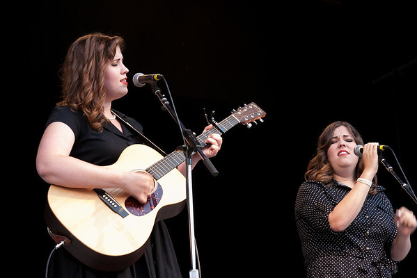 The Secret Sisters performing at the Philadephia Folk Festival. (Howard Pitkow/for Newsworks)