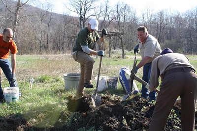 Photo by Carol Snyder. Earth Day Cleanup 2014 at Kernsville Dam Recreation Area.
