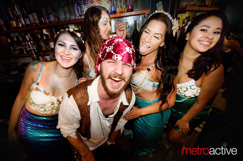 PHOTOS: HALLOWEEN - South Bay Crawl