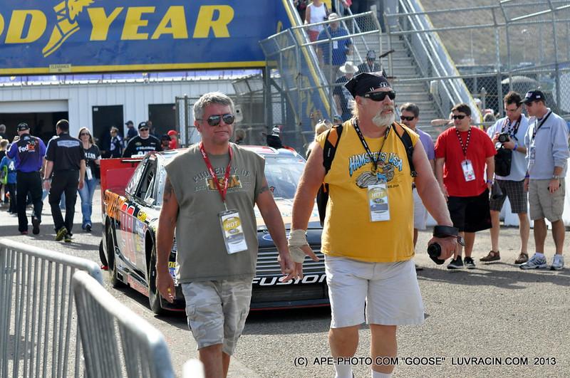 NASCAR FANS !