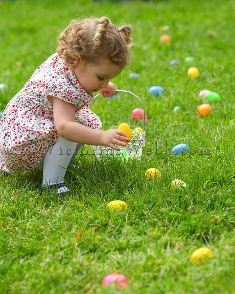 Abbie Bridges at The Petaluma Mother's Club  Easter Egg Hunt at McNear Park on April 12, 2014