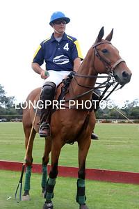 DANIEL WALKER on his horse Y2K.