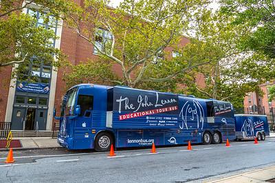 2018_09_21, Bus, Establishing, Exterior, Flushing, New York, NY, PSMS200