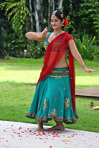 Dancer Narayani Maharaj performs a classical Bharata Natyam dance of South India, which includes some influences of modern Bollywood technique.