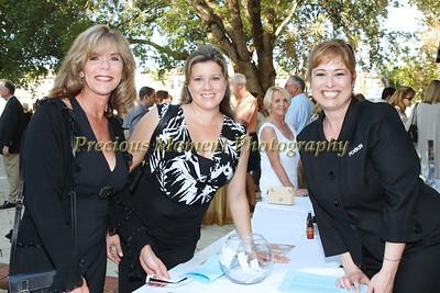 IMG_5959 Laura Larizza,Debbie Crisp & Marisa Spagnoli