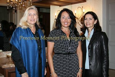 IMG_0625 Wendy Walesch,Regina Thomson & Laurie Martuscello