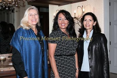 IMG_0631 Wendy Walesch,Regina Thomson & Laurie Martuscello
