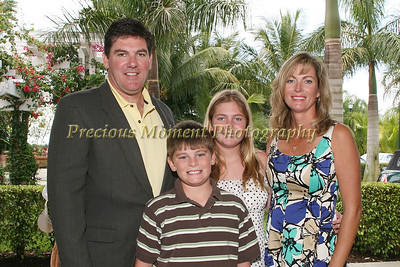 IMG_0035 Scott,Christopher,Samantha & Jane Chaisson