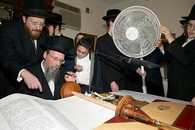 Paneth_Torah  052