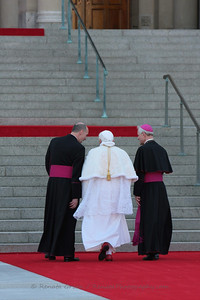 Msgr. Rossi and Archbishop Wuerl escort the Pope up the stairs to tour the Shrine, pray Vespers and address the US Bishops.