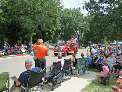 Minnesota: Waterama Parade in Glenwood 2017