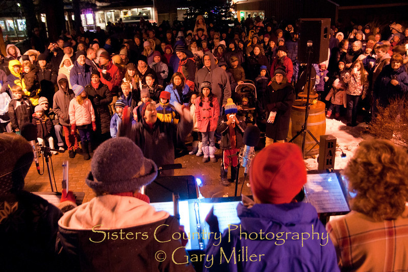Sisters Christmas Tree Lighing Ceremony 2010 - Gary Miller