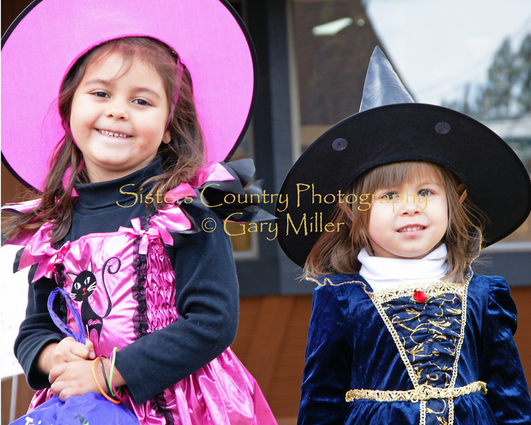 Halloween faces in Sisters, OR. Gary Miller - Sisters Country Photography