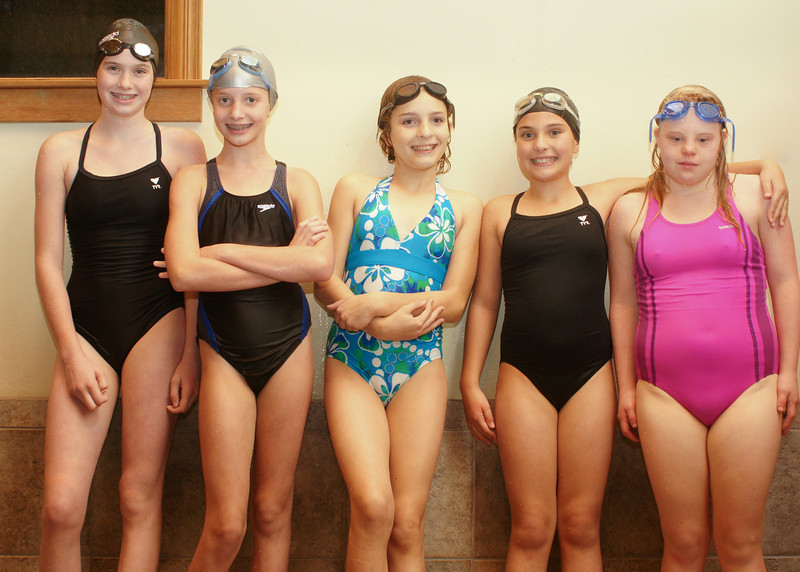 Sisters Athletic Club swim competition. Nov 6, 2009. Gary Miller - Sisters Country Photograpny