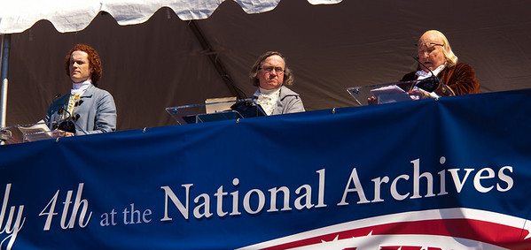 Dramatic reading of the Declaration of Independence by special guests including Thomas Jefferson, John Adams, Benjamin Franklin (portrayed by historical re-enactors)