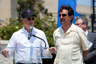 Gary Sinise, Joe Mantegna