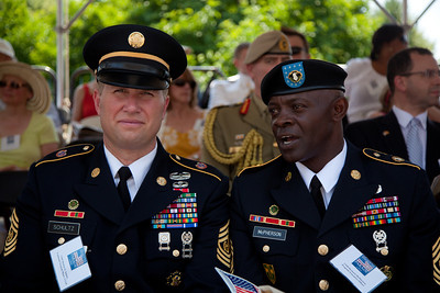 Command Sergeant Major Michael D. Schultz, the 11th Command Sergeant Major of the Army Reserve Command Sergeant Major Bernard C. McPherson, CSM of Program Executive Office (PEO) Soldier