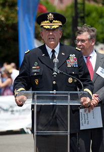 General Peter W. Chiarelli is serving as the 32nd and current Vice Chief of Staff of the U.S. Army.