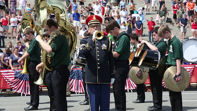 Video: Army Master Sgt. Allen Van Patten plays taps and Army Master Sgt. Antonio Giuliano sings 'Amazing Grace""