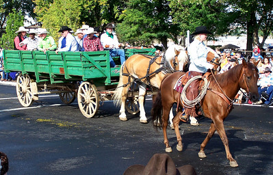 Pendleton Round-Up Parade 2010 Horses pulling Wagon