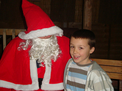 Harry recognises Santa's musty odour