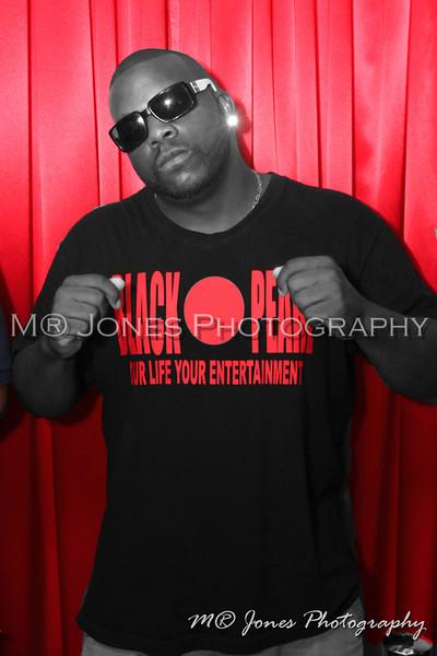 M® Jones Photography (404) 590-PICS