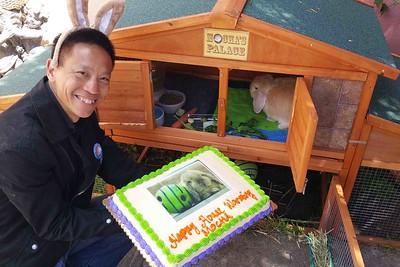 Showing Mocha his carrot cake!