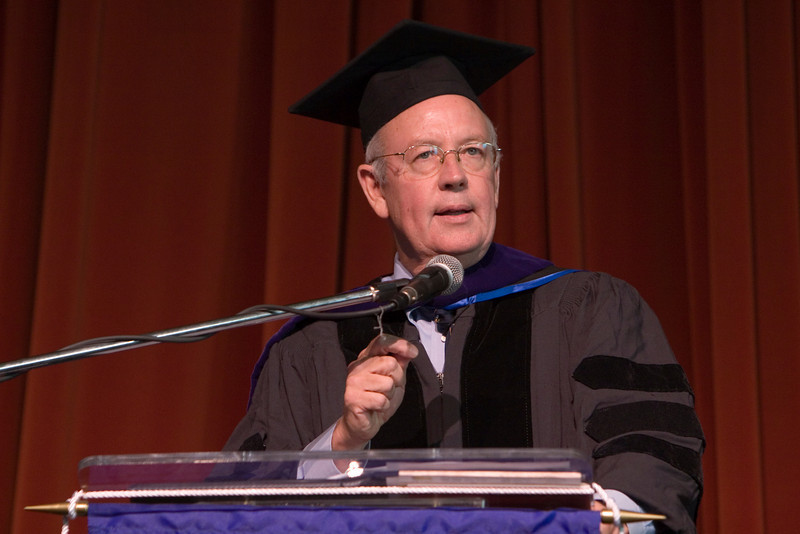 Kenneth Starr speaking at a college graduation in Santa Barbara, CA