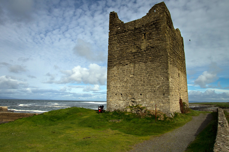 21. Sligo<br /> Easkey castle