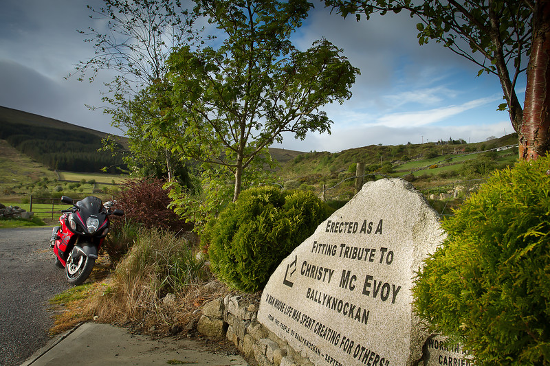 10. Wicklow <br /> Christy McEvoy monument - Ballyknockan, (Blessington lake)