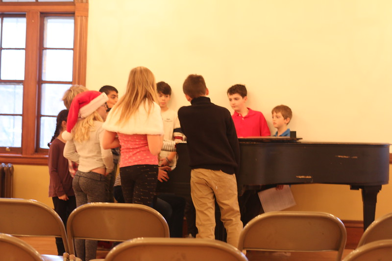 Kids Gather after the performance to see Jess Play