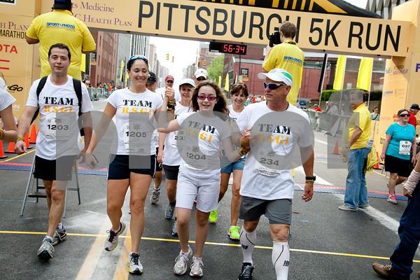 Pittsburgh Marathon 2012 _1275