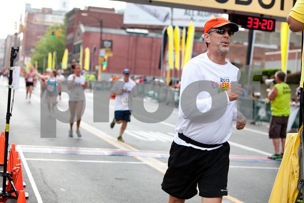 Pittsburgh Marathon 2012 _1226