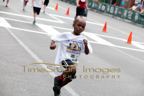 Pittsburgh Marathon 2012__0340