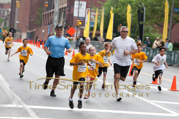 Pittsburgh Marathon 2012__0318