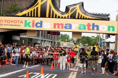 Pittsburgh Marathon 2012__0251