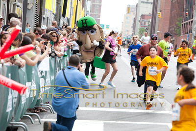 Pittsburgh Marathon 2012__0987