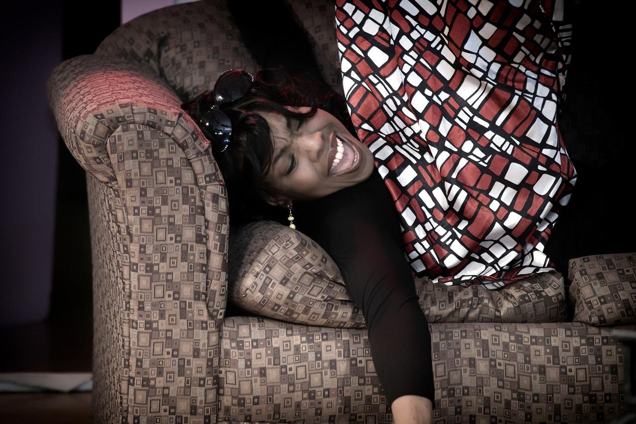 Keya, on Sofa under Samantha