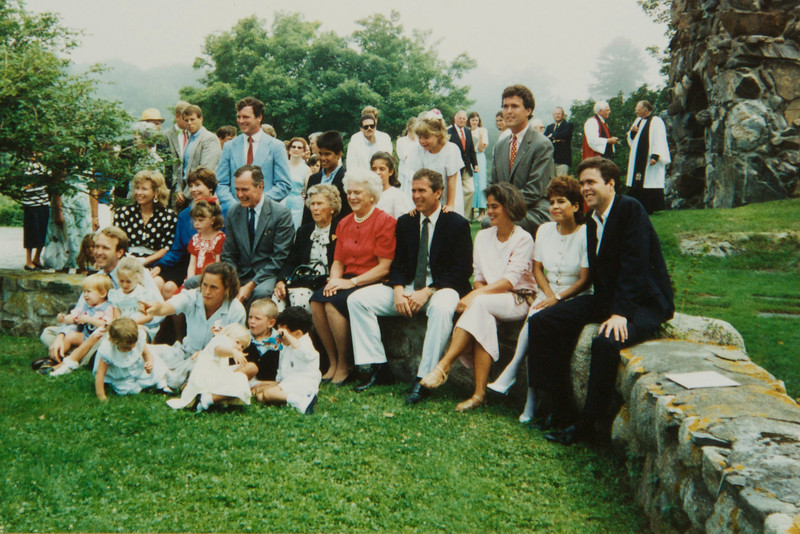 1988 Bush family Photo outside church in Kennebunkport Maine.