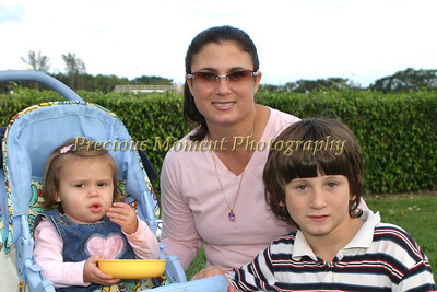 Angelina,Kathleen & Dante Stallone