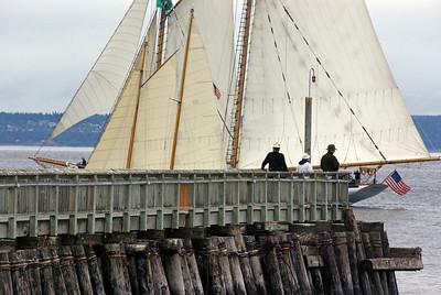 A sailing encounter