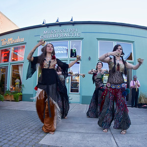 Belly Dancers, Street Performance, Portland, Oregon ref: 79f52d5b-ffd1-4104-834e-7b2069399a56
